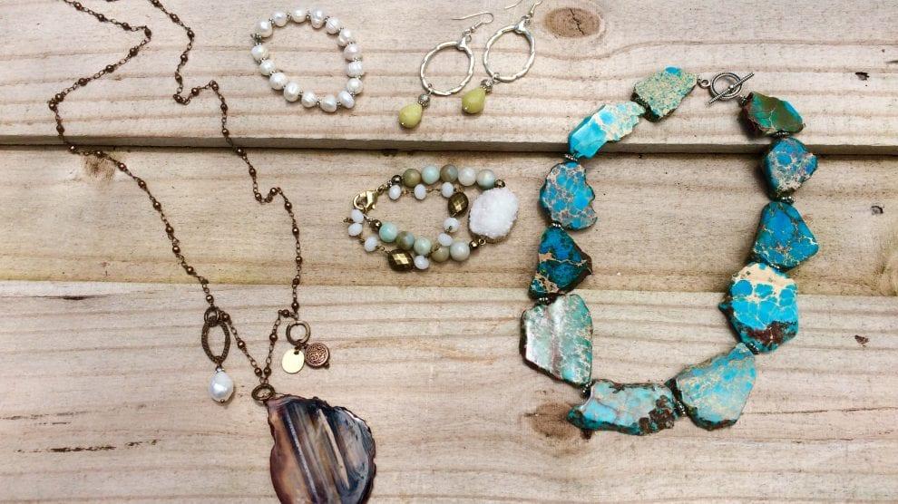 Jewelry Design Art Class - Intro to Beading